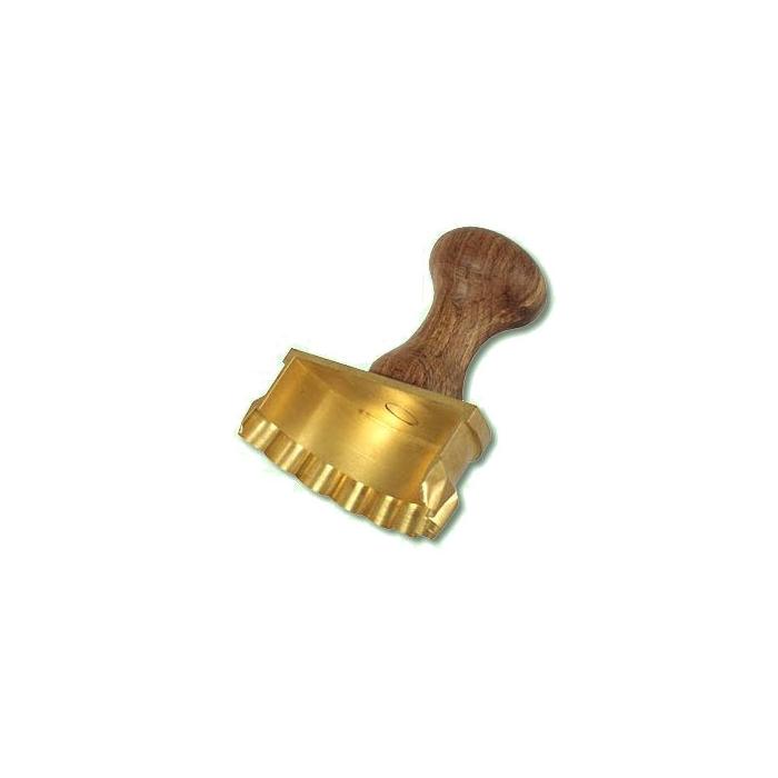 Stampo taglia pasta mezzaluna artigianale in ottone cm 8,5 x 4