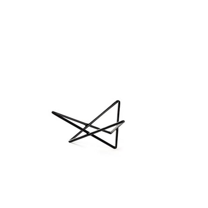 Alzata buffet triangolare astratta Hendi in acciaio e gomma antiscivolo nera cm 26x23x10