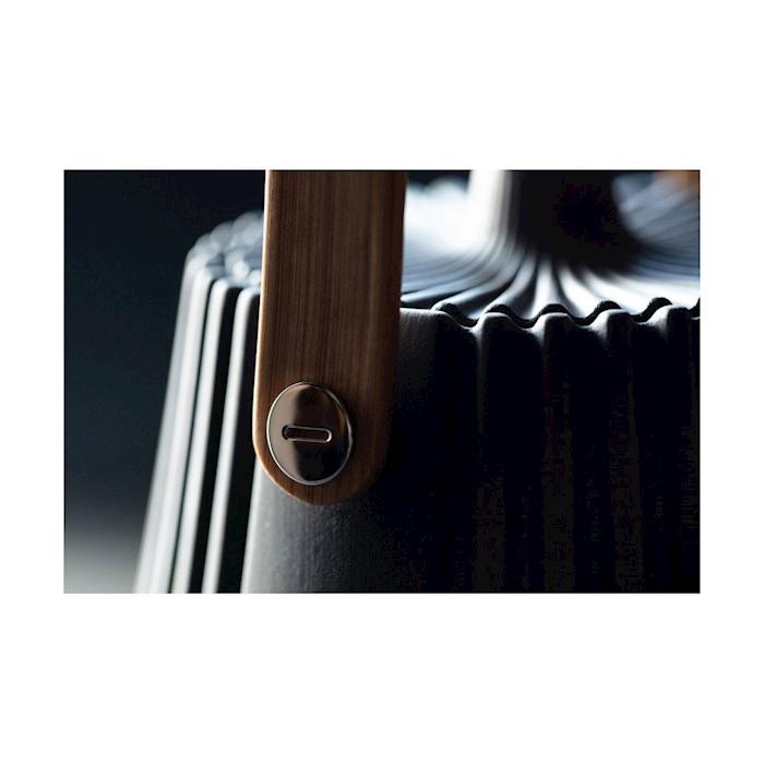 Teiera con filtro Pekoë Revol in porcellana nera cl 55