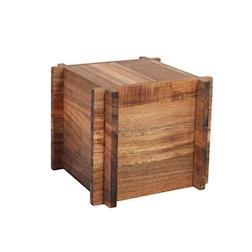 Portatovaglioli e alzata in legno di acacia cm 17x17x14,5